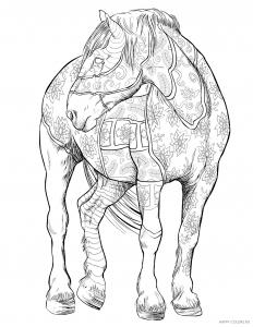 Лошадь с орнаментом в полный рост