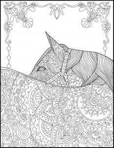 Лошадь с орнаментом на спине